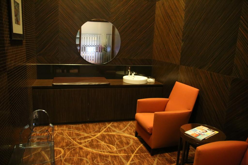 private-room-4